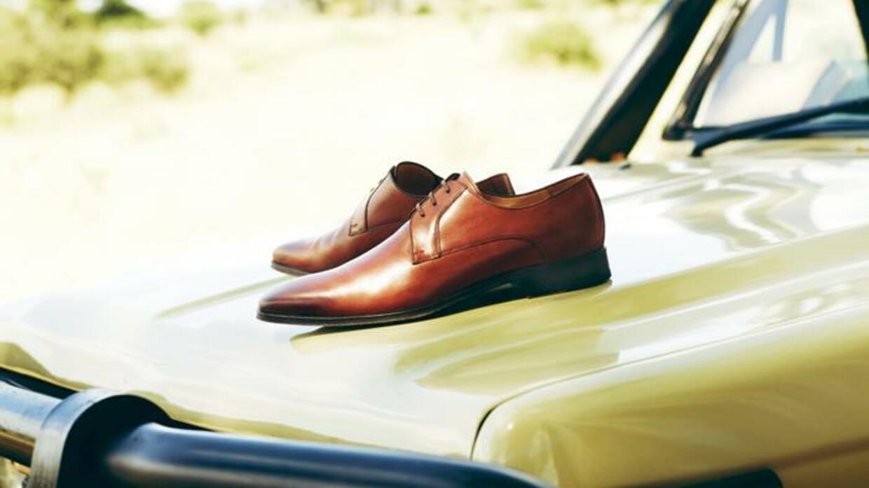 Zu Stil Schuhen Anzug Kombinieren Schwarzer Braunen Mit 0nkOPX8w