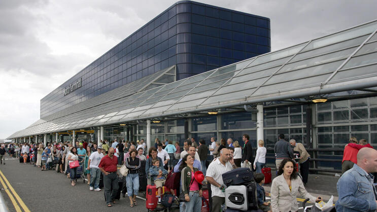Platz 8: London Gatwick Quelle: AP