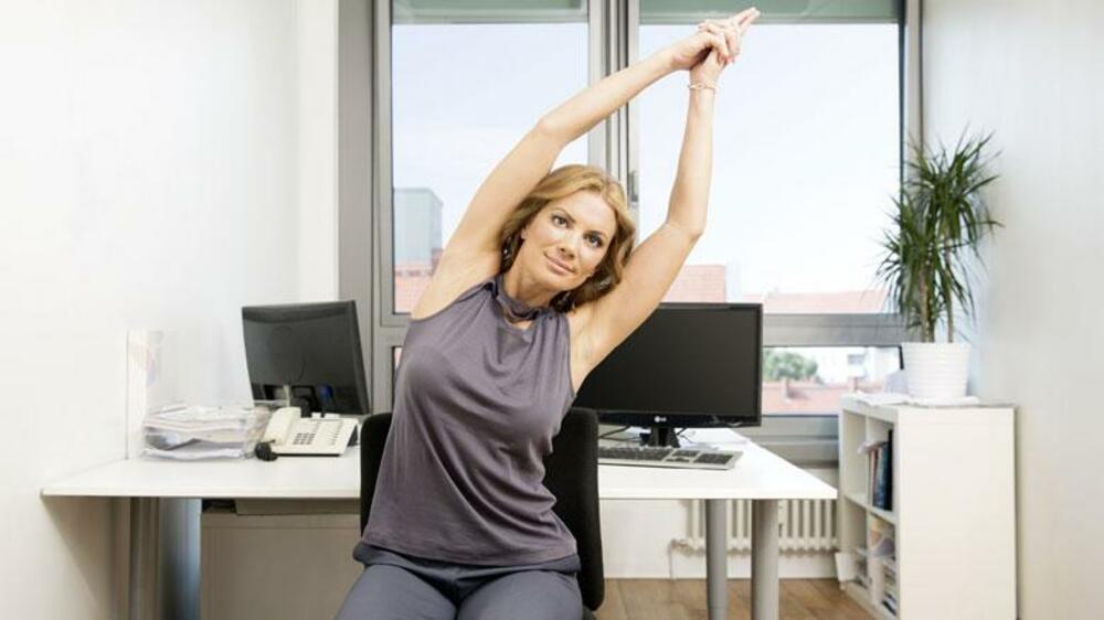 Eine anleitung so halten sie sich mit b rostuhl yoga fit - Fenster lasst sich nicht mehr kippen ...