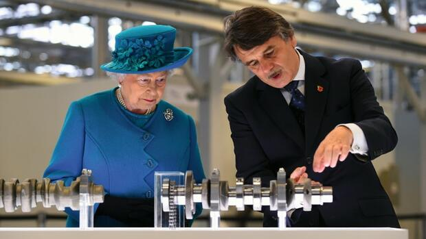 Queen Elizabeth II und Speth Quelle: Picture Alliance/DPA