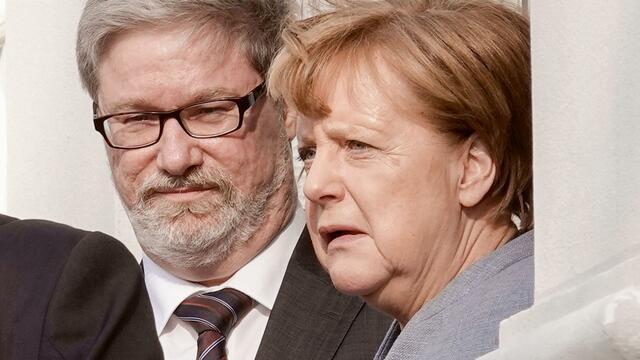 Lars-Hendrik Röller: Deutschlands mächtigster Türsteher