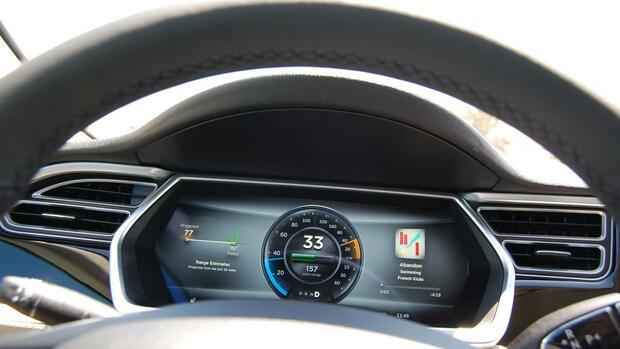 Autotest : Tesla führt in Punkto Reichweite