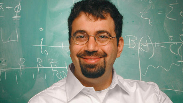 Daron Acemoglu Quelle: Courtesy of Indiana State University