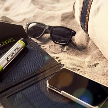 Foto des Switch 8 Solar Recharging Kit