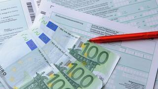 Steuern und Recht kompakt: Gehaltsextras, Dienstjubiläum, Abfallcontainer