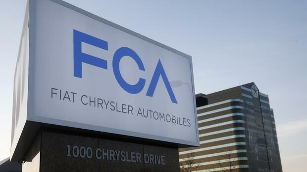 Ein neues Schild ziert den Hauptsitz der Chrysler Group in Auburn Hills, Michigan. Quelle: REUTERS