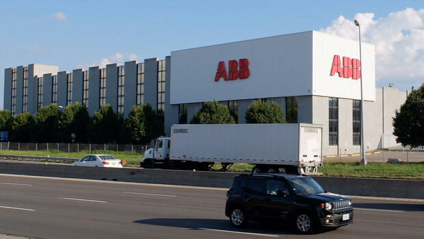 ABB electrical transformer plant in St. Louis, Missouri, U.S. on July 6, 2017. The facility is among several manufacturers that are major steel users. REUTERS/David Lawder Quelle: REUTERS