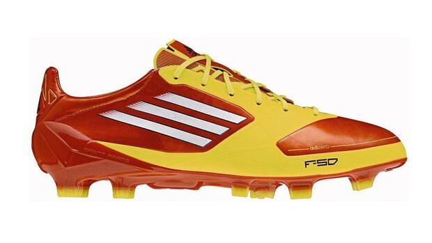 adizero f50 powered by miCoach Quelle: Presse