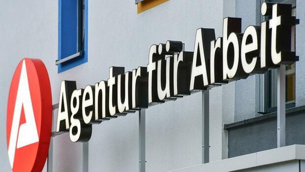Deutschland: Arbeitslosenzahl im Dezember gestiegen