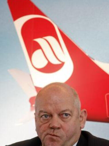 Air-Berlin-Chef Joachim Hunold Quelle: AP