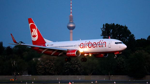 Weiter 950.000 Euro Gehalt für Air- Berlin- Chef