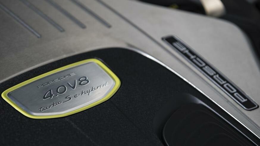 autokauf nur ein plug in hybrid ist laut adac empfehlenswert. Black Bedroom Furniture Sets. Home Design Ideas