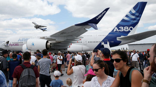 Airbus in Le Bourget Quelle: REUTERS