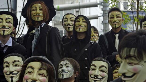 hackernetzwerk die maske anonymous bekommt ein gesicht. Black Bedroom Furniture Sets. Home Design Ideas