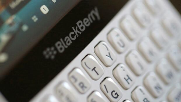 Blackberry will mit Patentklage gegen Facebook Kasse machen Quelle: Reuters