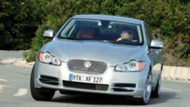 Autotest Jaguar XF 4.2 Quelle: Rob Till/Jaguar