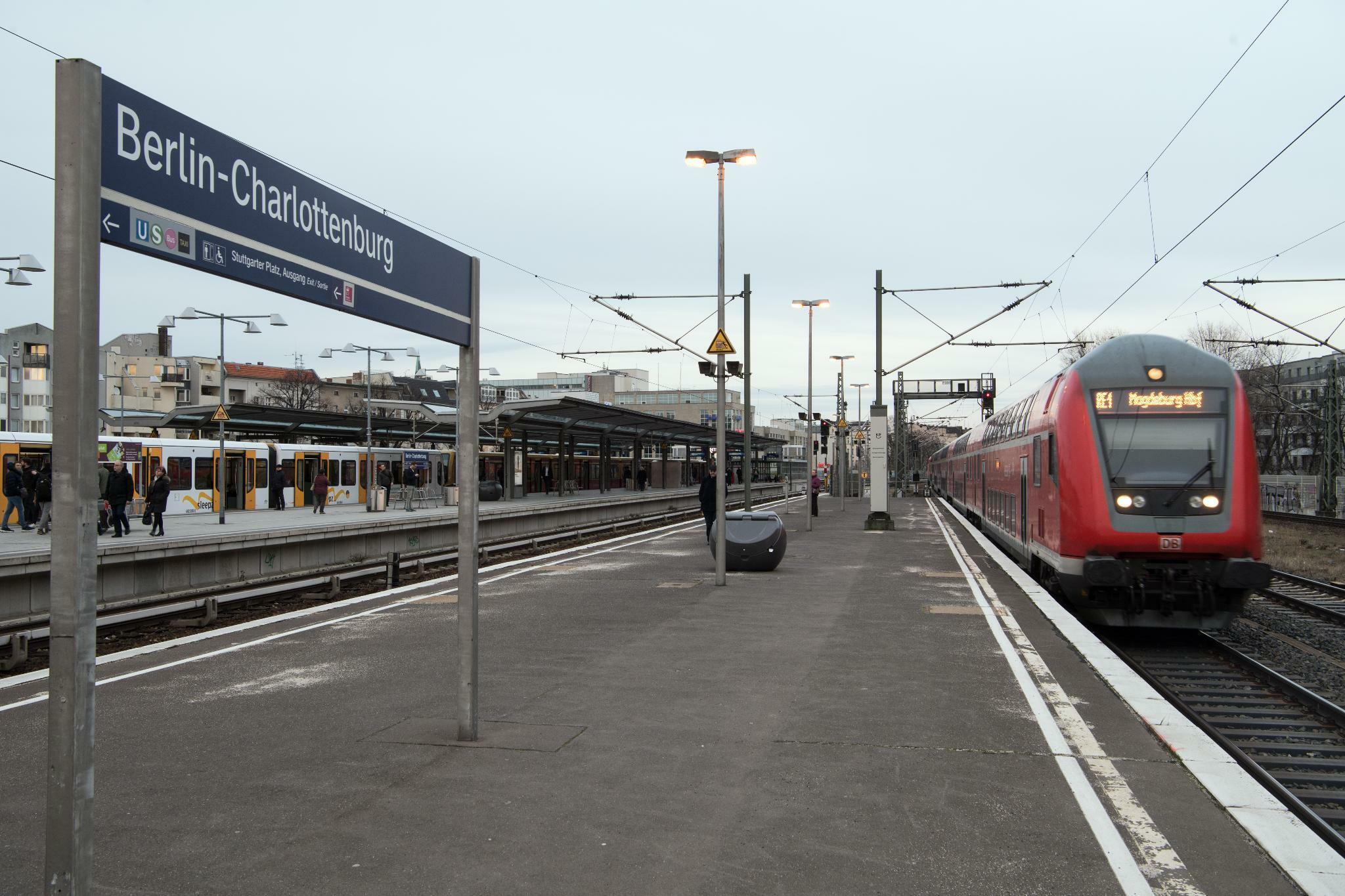 """Bahn plant ersten """"Smart City""""-Bahnhof mit Aufladestationen und mehr Sitzgelegenheiten"""