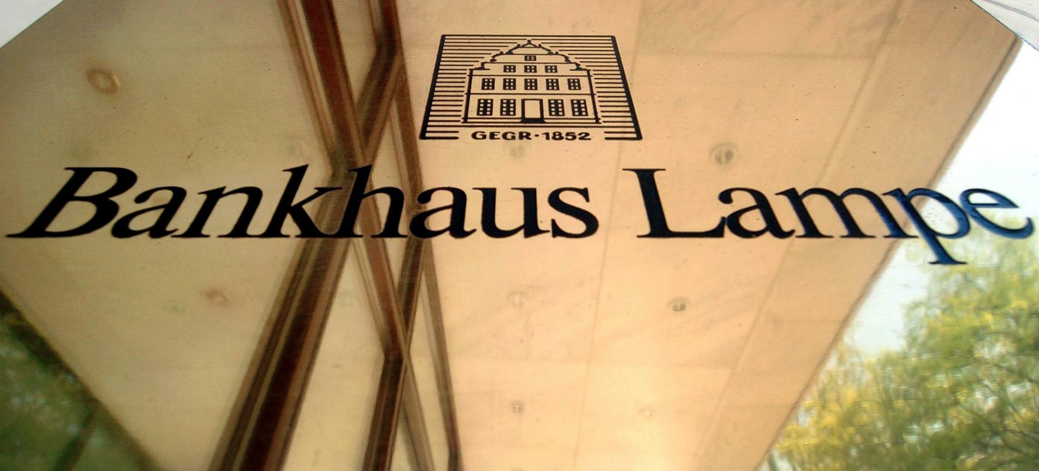Möglicher Verkauf: Oetker stellt Bankhaus Lampe auf den Prüfstand