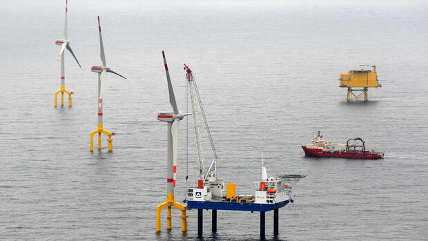 Bau des windenergieparks bard offshore 1 im juli 2010 bard offshore