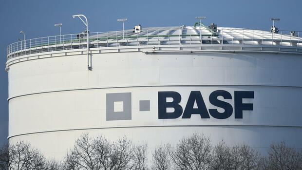 Der Schriftzug BASF Quelle dpa