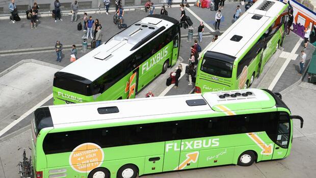 FDP will keine weiteren Pflichten für Busunternehmer