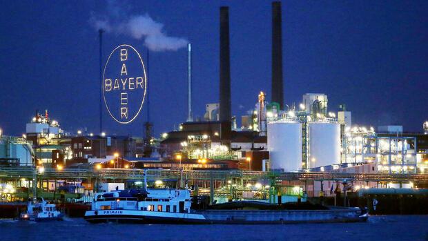 Bayer bestätigt Prognose nach Kontrollabgabe bei Covestro