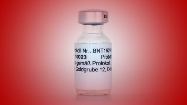 Biontech Gegen Corona Grosse Hoffnung Auf Impfstoff Trotz Hohem Umsatzverlust