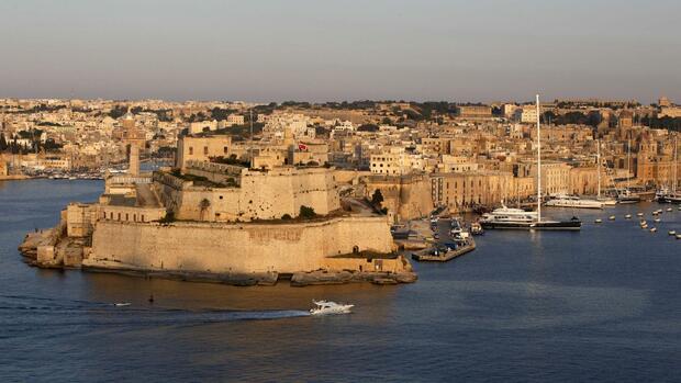 NRW-Fahnder prüfen mögliche Steuertricks über Malta