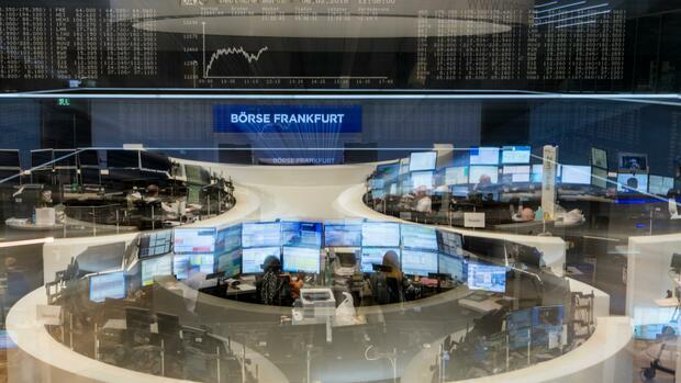 DAX-FLASH: Dax zum Hexensabbat moderat höher erwartet - Healthineers-Börsengang