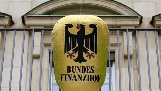 Finanzhof setzt Zinsen auf Steuernachzahlung ab 2015 aus
