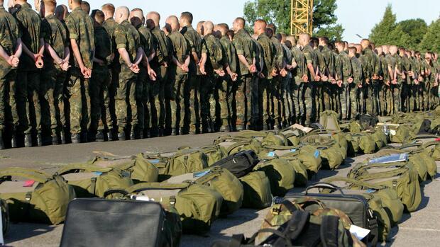 http://wiwo.de/images/bundeswehr-soldaten-fliegen-in-den-kongo/19901782/2-format2101.jpg