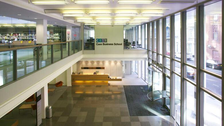 50 f hrende business schools wo manager ihre top. Black Bedroom Furniture Sets. Home Design Ideas