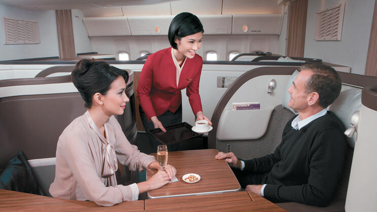 Ein Paar in der First Class der Cathay Pacific Airways Quelle: Presse