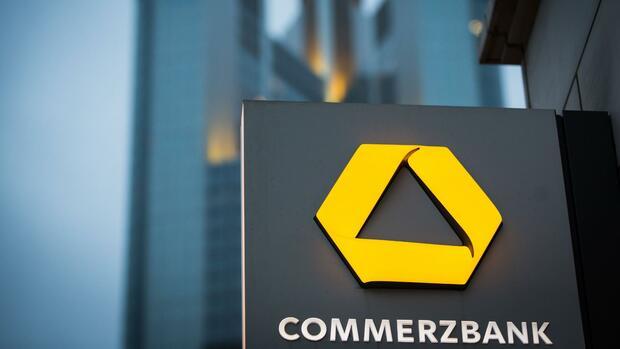 Umbau drückt erneut den Gewinn der Commerzbank