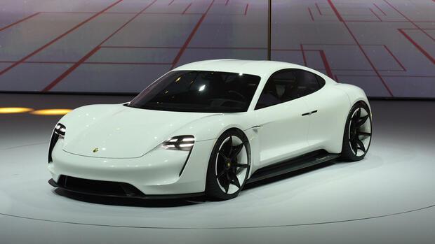 VW-Töchter: Audi und Porsche planen Schnell-Ladestationen für E-Autos