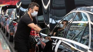 Jobsicherung: Daimler ringt deutscher Belegschaft Lohnverzicht ab