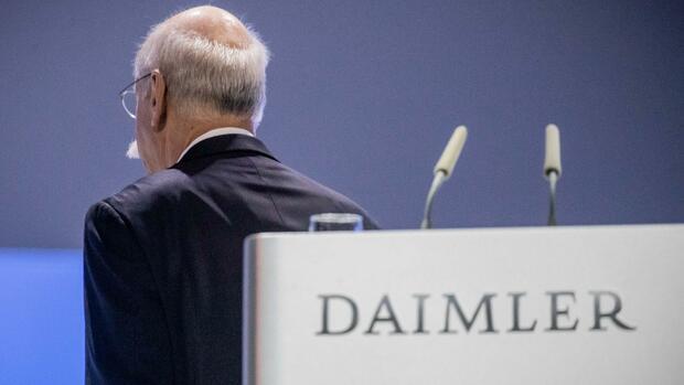 Quartalsbilanz: Dieter Zetsches Gewinnwarnung