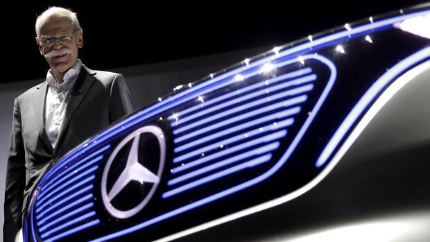 Daimler legt gute Zahlen vor und schweigt zu Kartell-Vorwürfen