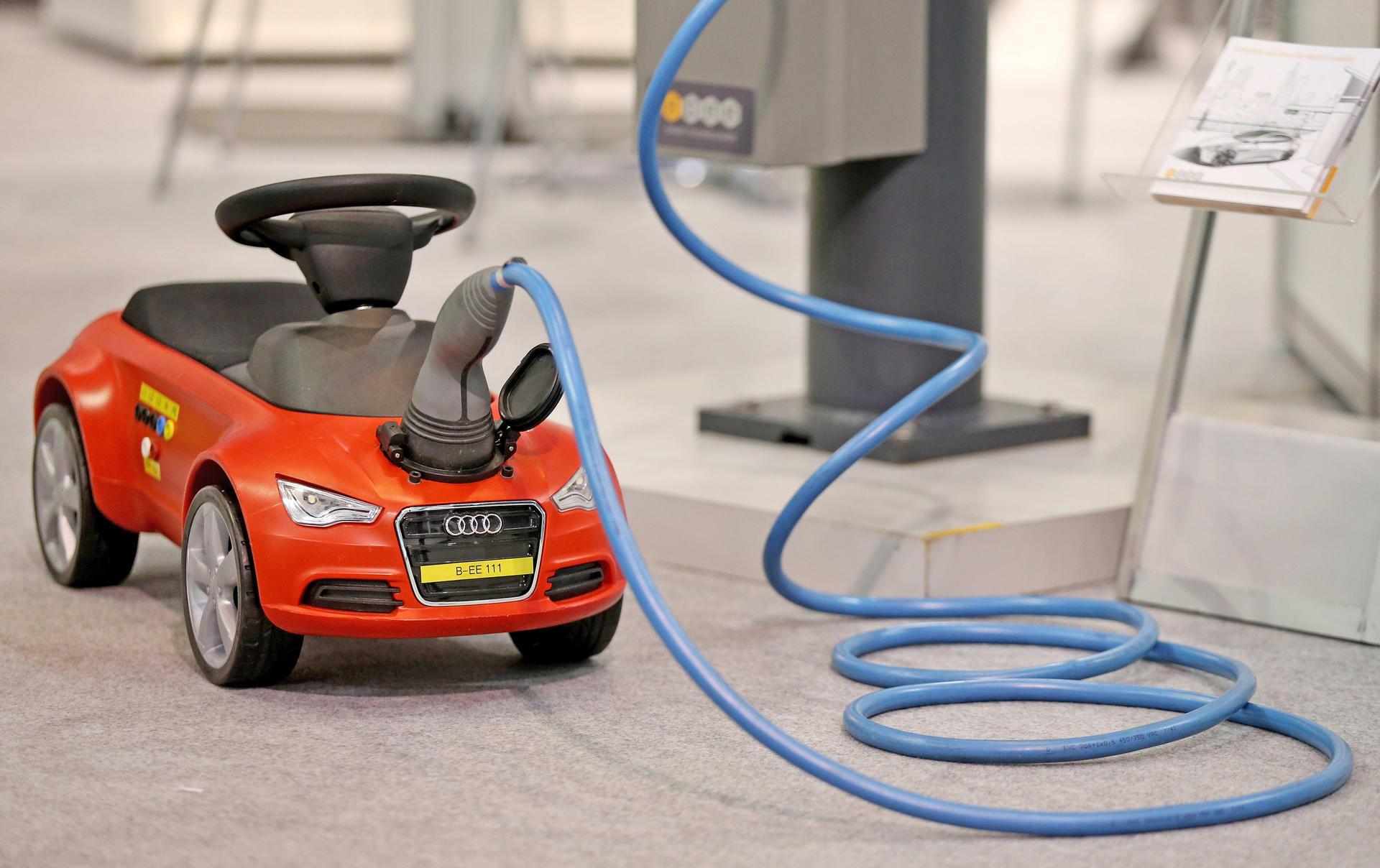 Elektroauto vs. Verbrenner: Ein Auslaufmodell