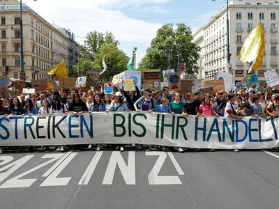Fridays for Future Demonstration am 14. Juni 2019 in Wien: Handeln sollen gefälligst die Regierenden. Quelle: REUTERS