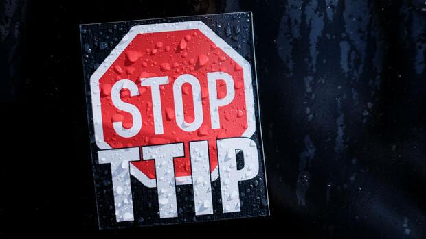 Später Triumph für TTIP-Gegner: Gericht weist EU-Kommission zurecht
