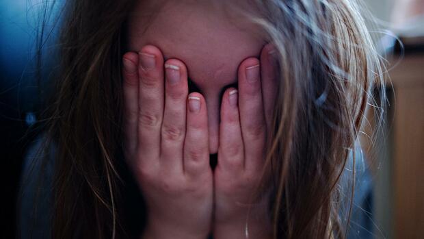 Barmer Jeder sechste Student ist laut Arztreport psychisch krank Quelle dpa