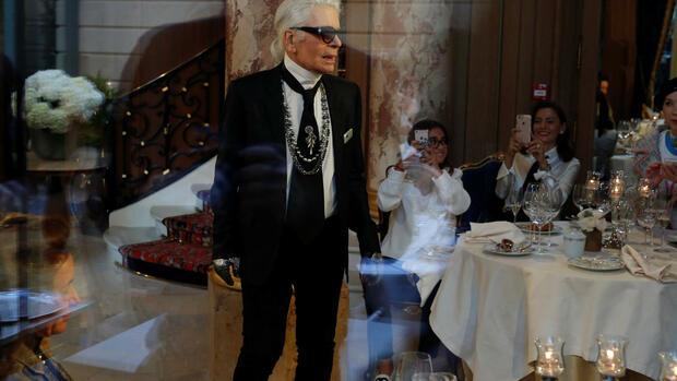 e0cce62266e78b Modezar und Chef-Designer bei Chanel  Karl Lagerfeld Quelle  REUTERS