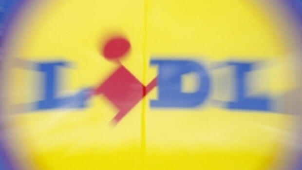 Discounter Lidl bietet Quelle: REUTERS