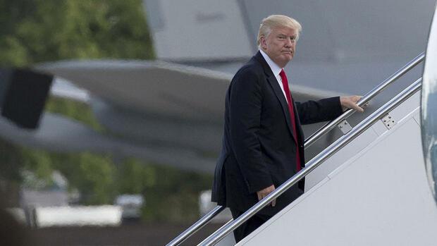 Demokratische Abgeordnete reichen Klage gegen Trump ein