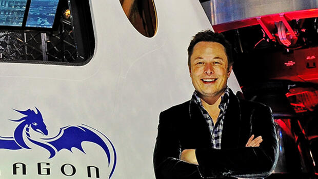 Elon Musk vor einer SpaceX-Raumkapsel Quelle: dpa Picture-Alliance