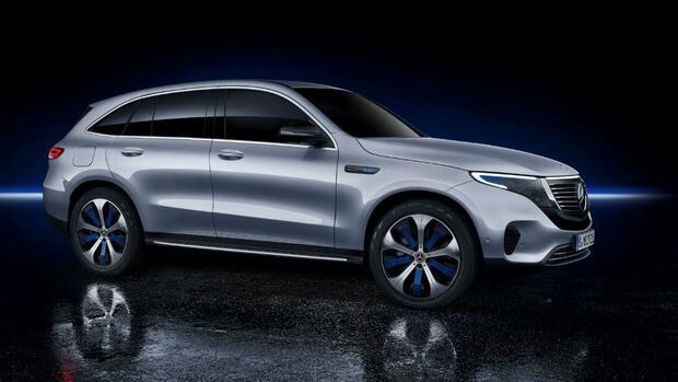 2b331c1088b8f Angriff auf Tesla und Co.  Mercedes präsentiert mit dem EQC ein SUV als  erstes