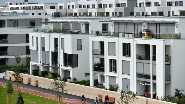 Immobilien Erben So Zahlen Erben Eines Familienheims Weniger Steuern