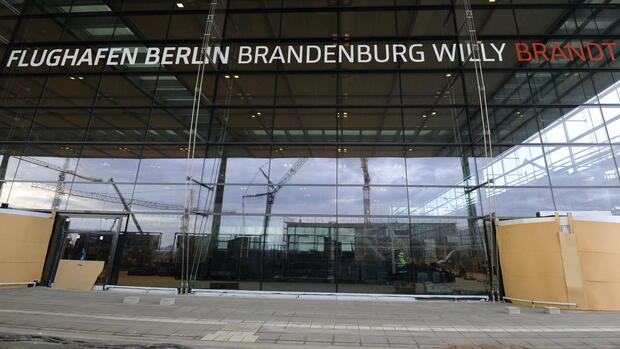Flughafen Berlin Brandenburg Willy Brandt Quelle: dapd