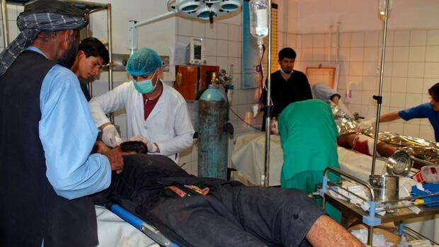 Afghanistan: Viele Tote bei Luftangriff auf Koranschule